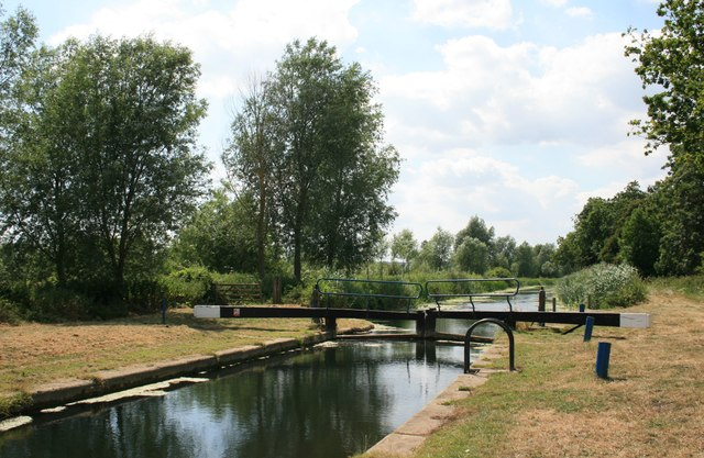 Rickett's Lock, Looking Upstream
