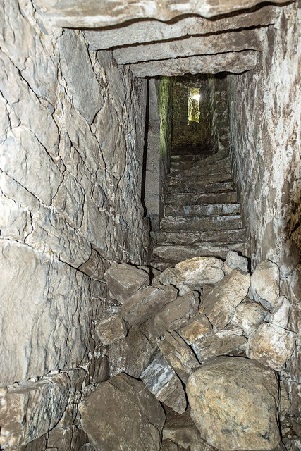 Castles of Connacht: Moyne, Mayo - revisited (5)