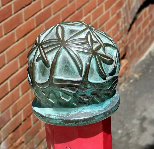 Madder bollard finial in St Swithin's Alley (detail)
