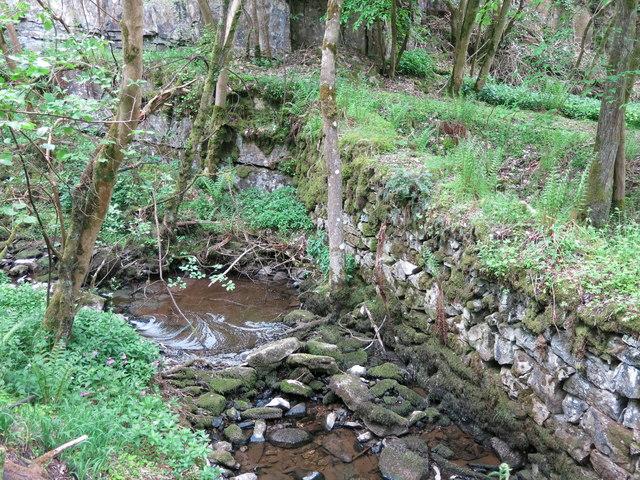 Langley Barony Lead Mine - wall diverting Honeycrook Burn