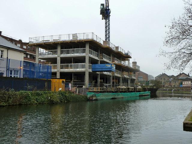 Hutley Wharf flats under construction