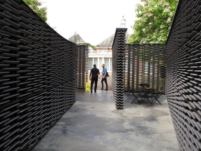 Serpentine Gallery Pavilion 2018, side courtyard