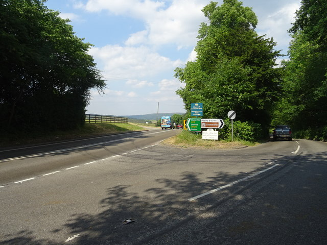 Road junction near Pilsley