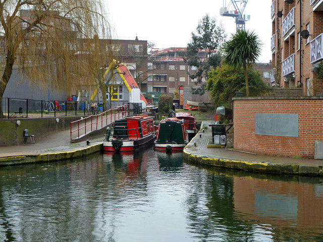 Small dock off Regent's Canal