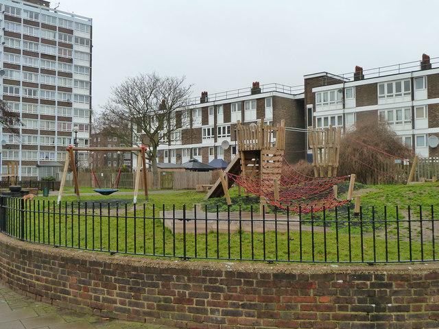 Playground, Regent's Court