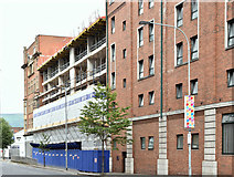 J3373 : Extension, Jury's Hotel, Belfast (July 2018) by Albert Bridge