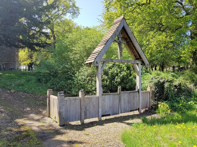 WW1 memorial lychgate