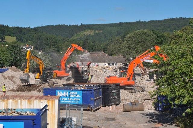 Demolition of Tweedbridge Court, Peebles (5)