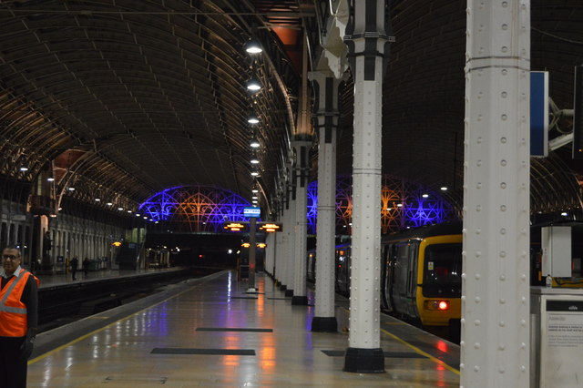 Platform 2, Paddington Station