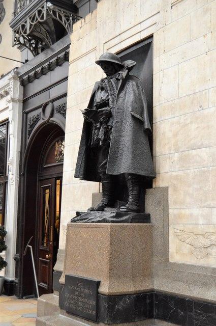 War memorial, Platform 1, Paddington Station