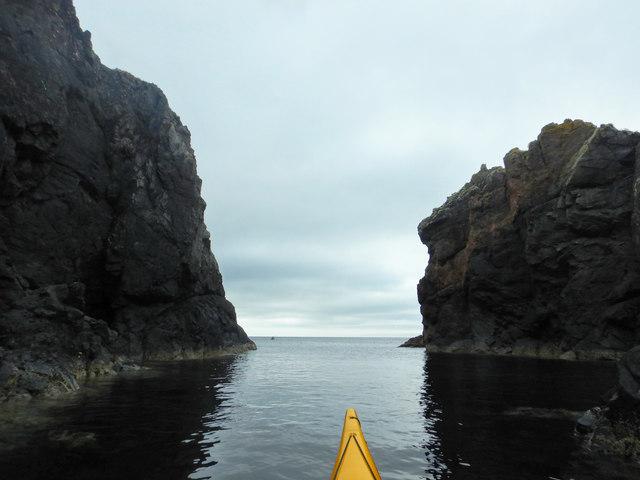 Paddling towards Roe Ness