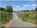SE3435 : Footbridge on the Wykebeck Way in Fearnville Fields by Stephen Craven