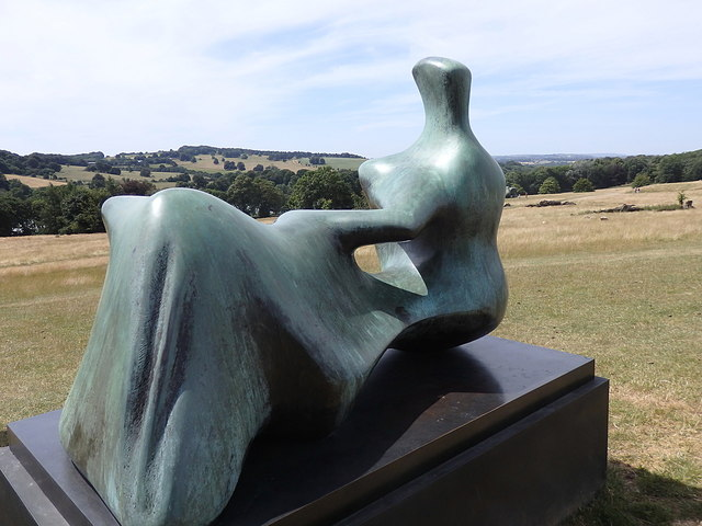 "Yorkshire Sculpture Park: ""Reclining Figure Hand"""