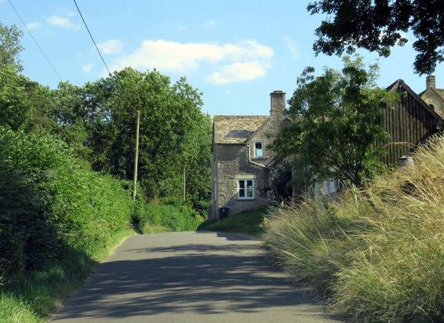 The road entering Fossebridge