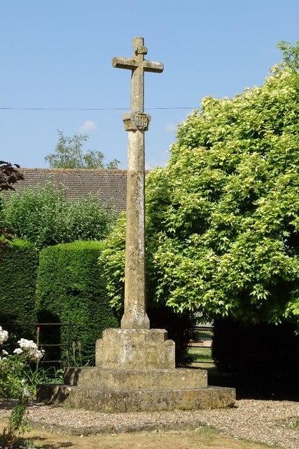 War memorial in Dumbleton