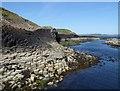 NM3235 : Hexagonal basalt rock formation, Staffa by Rob Farrow