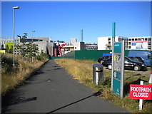 NZ2364 : Oystershell Lane, Newcastle by Richard Vince