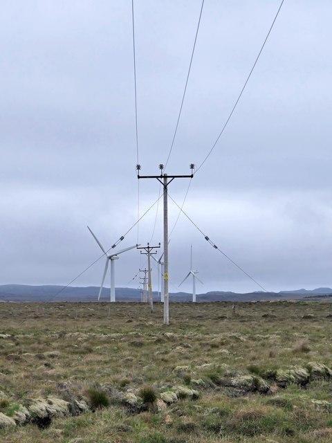 Power lines near Druim Dubh, Isle of lewis