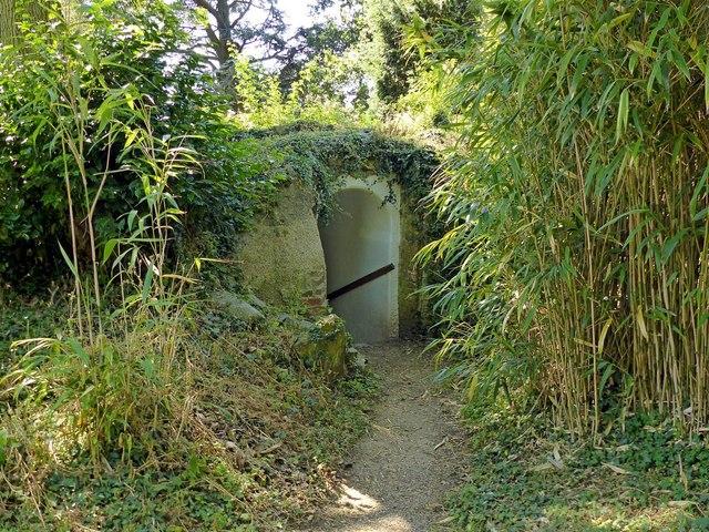 The Bogey Hole