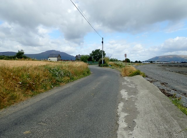 Bend in the coastal road between Ballagan Point and the Cooley Inn
