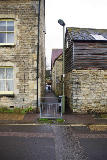 Passageway from The Crofts to Corn Street, Witney, Oxon