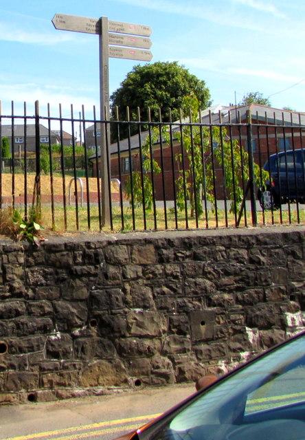 Wooden signpost above Stanley Road, Garndiffaith