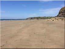 SM8513 : The beach at Broad Haven by Alan Hughes