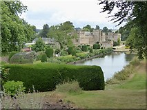 ST3505 : The Long Pond and Forde Abbey House by Oliver Dixon