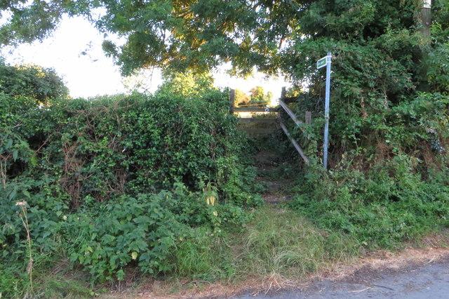 Footpath to Yardley Road