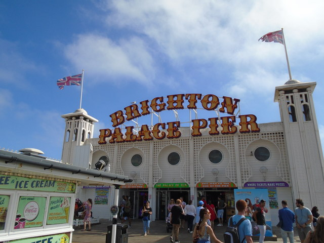 Sign for Brighton Palace Pier