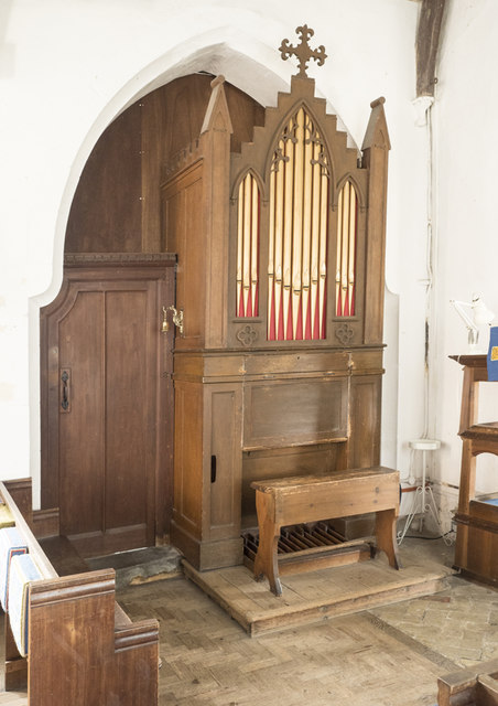 St Mary, Mepal - Organ