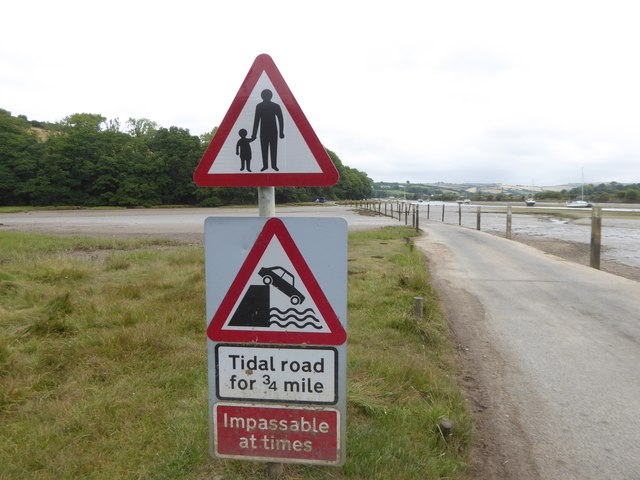The tidal road at the foot of Stakes Hill