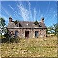 NH5550 : Ruin at Tobermory by valenta