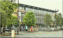J3372 : Queen's University Students' Union, Belfast - July 2018(1) by Albert Bridge