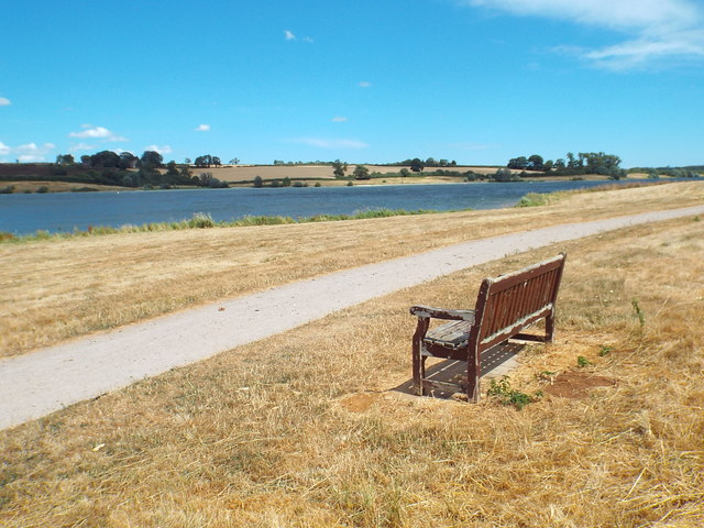 Bench overlooking Pitsford Water