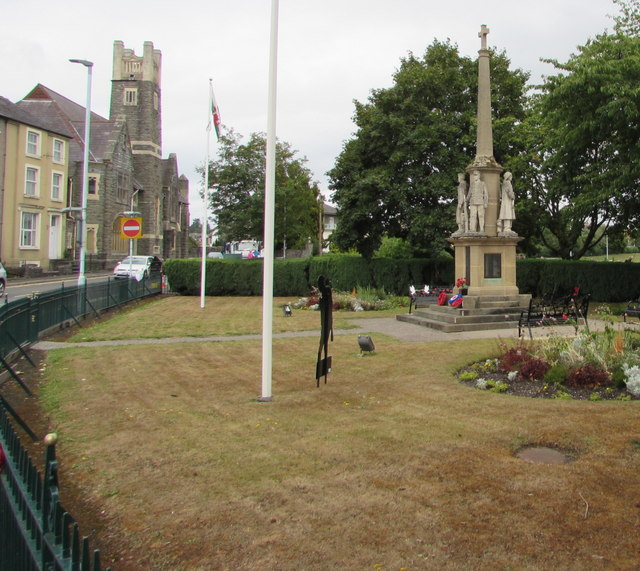 Grade II listed Builth Wells War Memorial