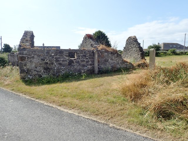 Ruined cottage in the hamlet of Ballagan