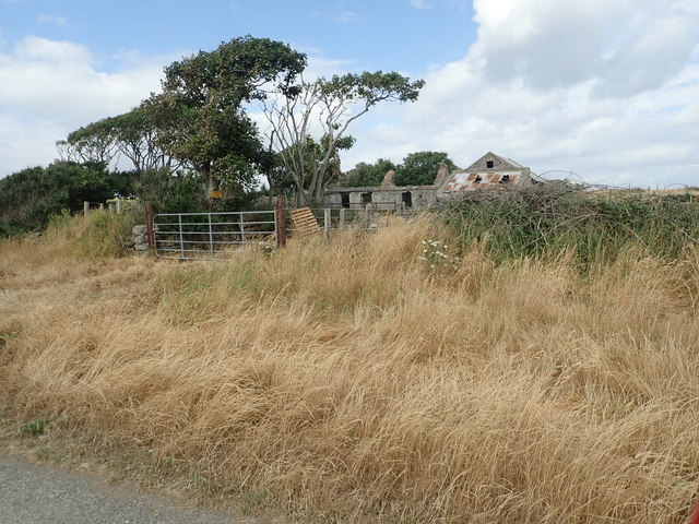 Derelict homestead near Ballagan Point