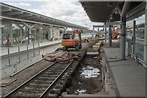 SK3635 : Old platforms 4 and 5 by Malcolm Neal