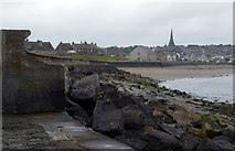 ND1268 : Breakwater, Thurso by Carron K