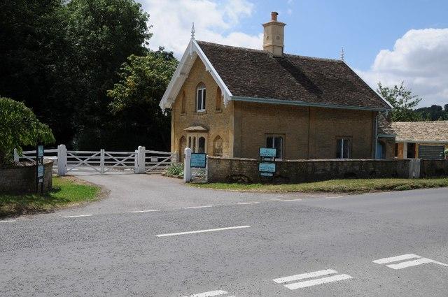 Lodge to Sezincote House