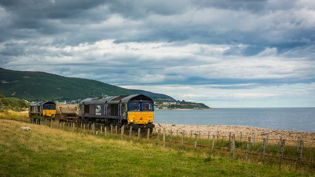 Freight 606O south of Helmsdale