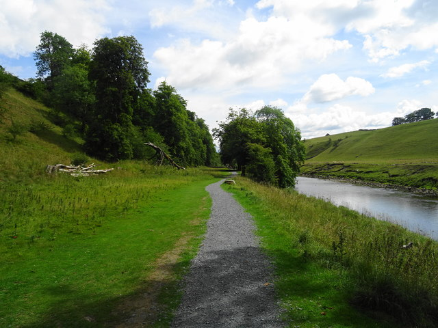 Dales Way beside the River Wharfe
