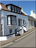 NT4999 : 'Sea Wynd' at 10, School Wynd, Elie by Richard Law