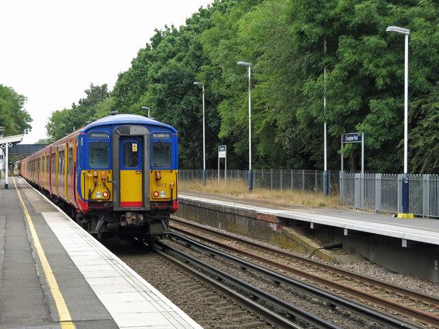 Kempton Park station