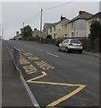 SO1005 : Zigzag yellow markings on Pontlottyn Road, Fochriw by Jaggery