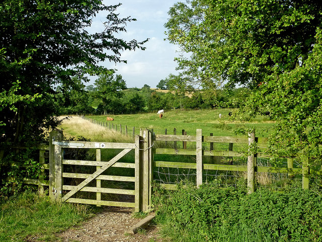 Bridleway gate north-east of Crick in Northamptonshire