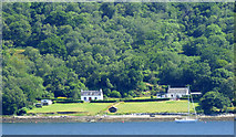 NS0472 : Houses by the Kyles of Bute by Thomas Nugent