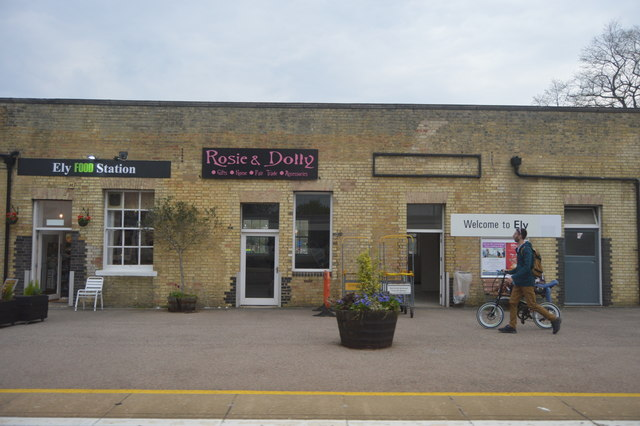 Rosie & Dolly, Ely Station