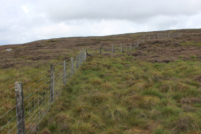 Fence near Little Bull Stones